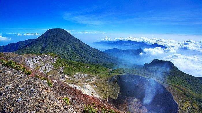 gunung gede gunung tertinggi di jawa barat