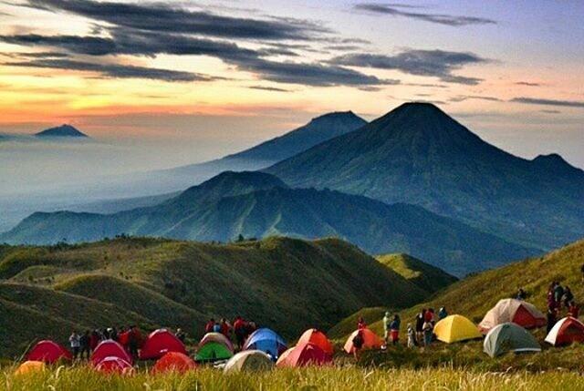 gunung tertinggi di jawa tengah - Gunung Prau