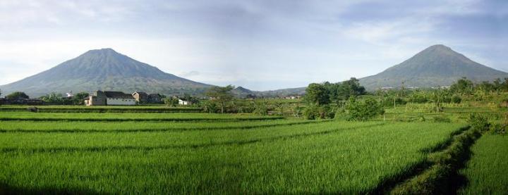 gunung tertinggi di jawa tengah - Gunung Sindoro