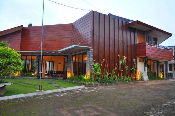 penginapan murah di Batu malang The Batu Hotel & Villa