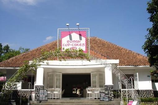 Rumah Capcakes & BBQ Bogor