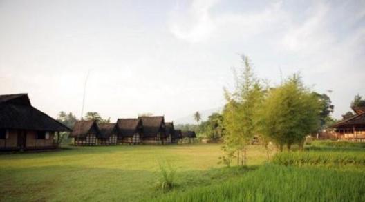 Tempat Wisata di Bogor Yang Murah Meriah Kampung Sindang Barang