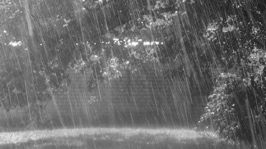 Contoh Teks Eksplanasi Hujan beserta Strukturnya